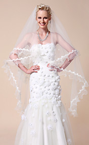 One-tier Waltz Wedding Veils With Lace Applique Edge