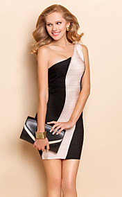 TS Asymmetric One Shoulder Black And White Bodycon Bandage Dress