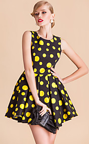 TS VINTAGE Rockabilly Girl Polka Dot Ball Dress