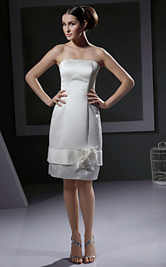 Sheath / Column Strapless Knee-length Satin Wedding Dress With 3D Floral