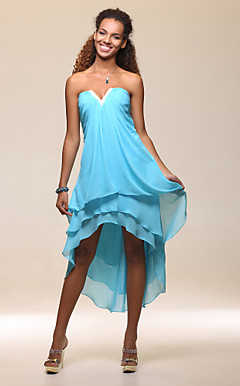 Shealth/Column Strapless Asymmetrical Chiffon Cocktail Dress
