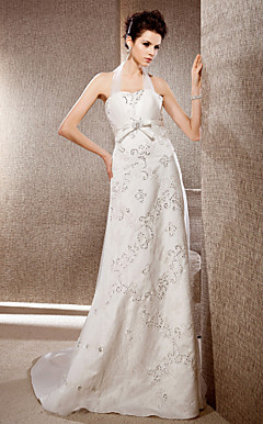 Sheath/Column Halter Neck Tulle And Lace Wedding Dress With Court Train