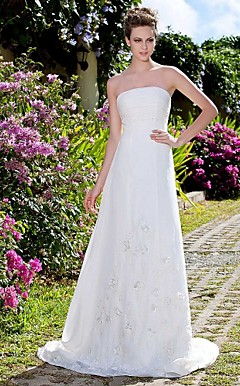 A-line Strapless Sweep/Rrush Train Chiffon Wedding Dress With 3D Floral