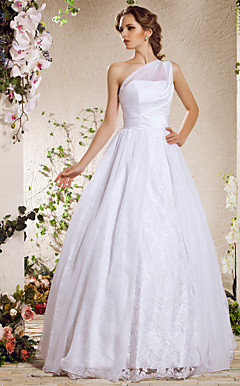 Sheath/Column Sweetheart Court Train Chiffon Lace Wedding Dress