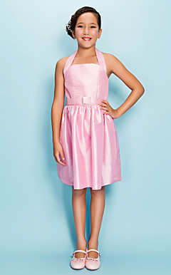 Sheath/Column Halter Knee-length Taffeta Junior Bridesmaid Dress