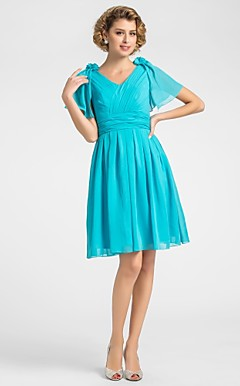 A-line V-neck Knee-length Chiffon Mother of the Bride Dress