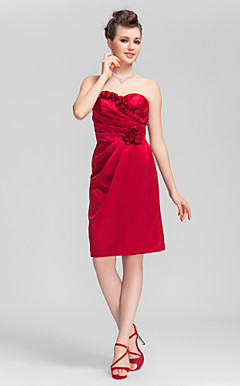 A-line Sweetheart Knee-length Satin Bridesmaid Dress with Removale Straps
