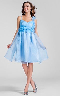 A-line V-neck Knee-length Organza Cocktail Dress