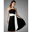Clearance! A-line Strapless Knee-length Satin Bridesmaid/Wedding Party Dress